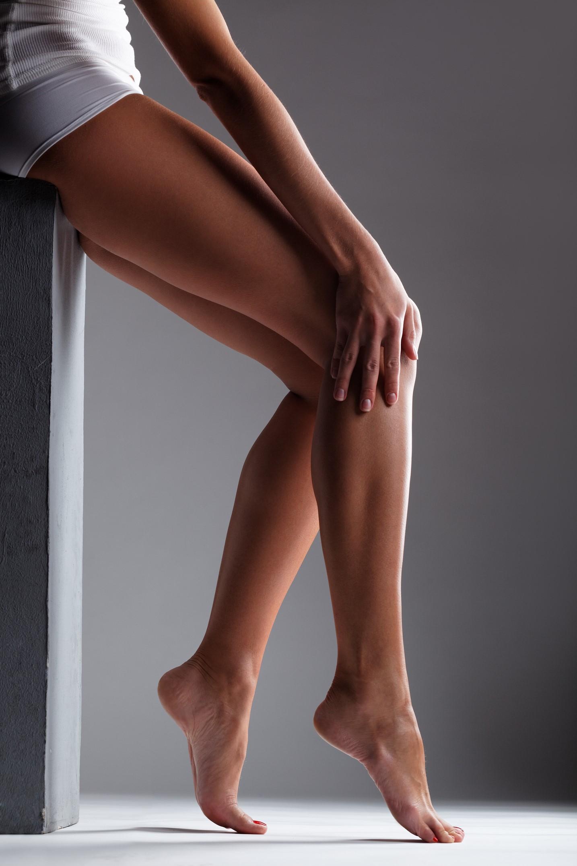 Красивые колени женщин фото, девушка в платье эро